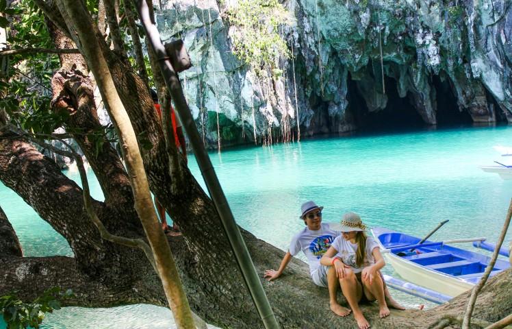 underground river)